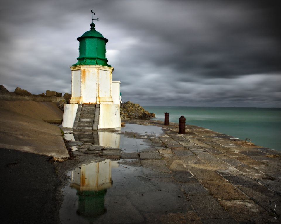 IMG 9719 Port Joinville ancient lighthouse fb